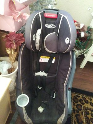 Transitional car seat for Sale in Dallas, TX