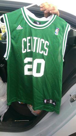 Ray Allen Celtics Jersey Youth L for Sale in Menifee,  CA
