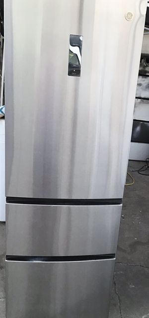 GE Bottom Freezer Refrigerator semi new for Sale in Oakland, CA