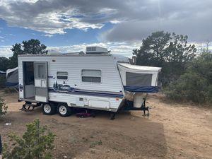 2004 Salem 19ex - hybrid camper for Sale in Castle Rock, CO