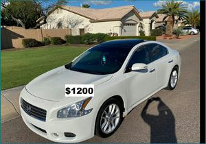 Price$1200 Nissan Maxima O9 for Sale in Sioux Falls, SD