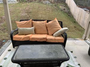 Patio couch and table for Sale in West Columbia, SC