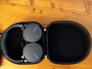 Sony mdr-xb95on1 p wireless bluetooth headphones for Sale in Cedar Park, TX