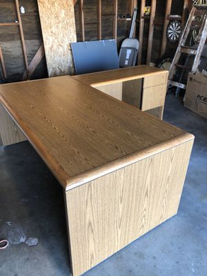 Free solid wood desk for Sale in undefined