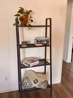 Simple and Sleek Metal Ladder Shelf for Sale in Culver City,  CA