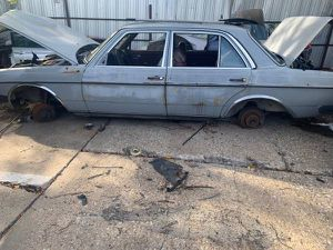 1975 Mercedes-Benz 230 for parts for Sale in Dallas, TX