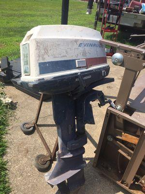 18 horse evinrude boat motor for Sale in Zanesville, OH