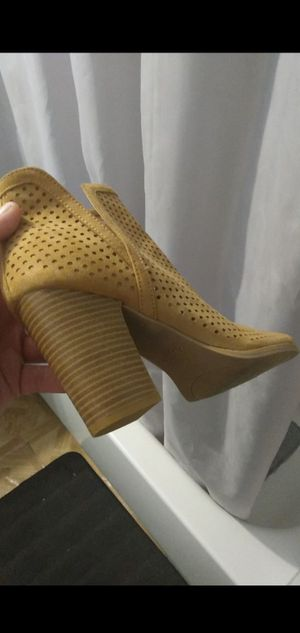 BRAND NEW HEELS for Sale in West Covina, CA