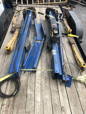 9000lbs Rotary Overhead Post Lift for Sale in Wrightsville, PA