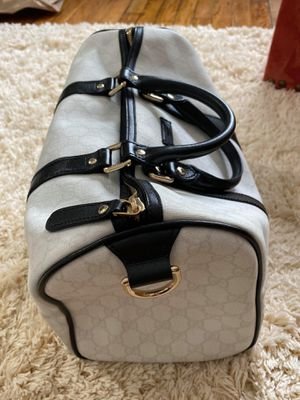 Gucci travel bag for Sale in Charlotte, NC