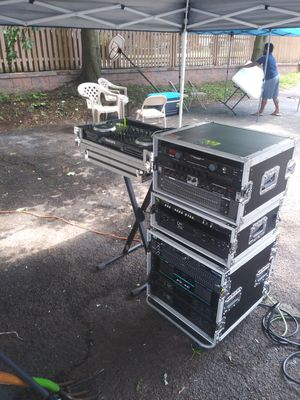 Qsc amplifies for Sale in City of Orange, NJ