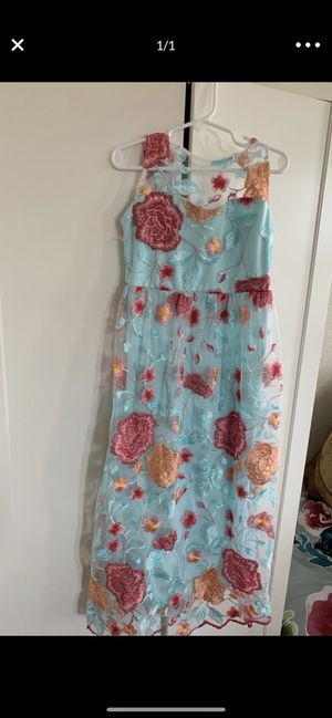 Girls long maxi dress size 7 for Sale in Brentwood, CA