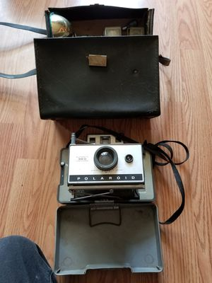 Poloroid Land Camera Model 320 With All Accessories for Sale in White House, TN