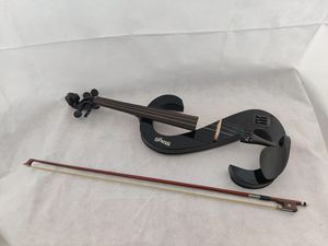 Skagg Electric Violin with Bow for Sale in Mulberry, FL