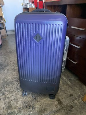 """Herschel supple co trade large 33"""" 2 tone blue and black hard shell suitcase 4 wheel spinner / wheels zippers handles great shape for Sale in Las Vegas, NV"""