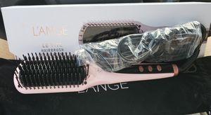 L'ange Straightening Hair Brush for Sale in Livonia, MI