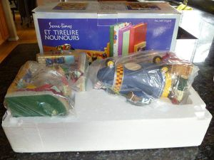 Brand New Teddy Bear Bookends And Piggy Bank for Sale in Tigard, OR