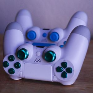 Winter Pine - DUAL SHOCK 4 - Wireless Bluetooth Custom PlayStation Controller - PS4 / PS3 / PC for Sale in Riverside, CA
