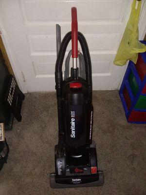 Sanitaire bagless HEPA vacuum for Sale in Toms River, NJ