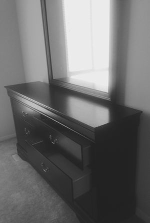 New Black Dresser w/ Mirror for Sale in Silver Spring, MD