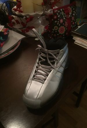 Kobe adidas size 9 for Sale in Portland, OR