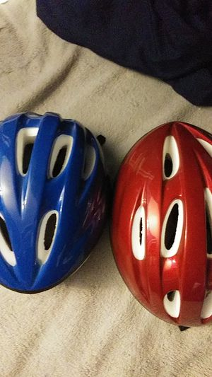 Bicycle helmet for Sale in Gervais, OR