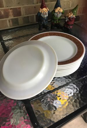 Pyrex Dinner Plates for Sale in Strongsville, OH