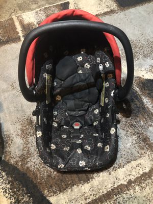 Mickey Mouse car seat for Sale in Tulsa, OK