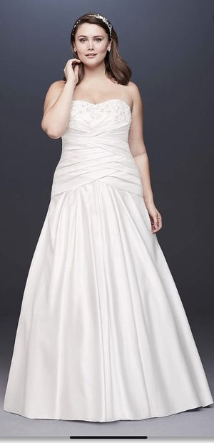 David's Bridal Wedding Dress (Plus Size) for Sale in Tavares, FL