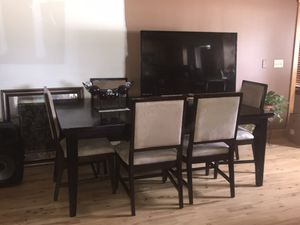 Dining table for Sale in Independence, WI