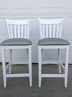 Brand New Set Of Barstools, 25inches From Floor To Seat for Sale in Fowler,  CA