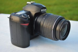 Nikon D70s DSLR Camera W/AF-S Nikkor 18-55 VR Lens for Sale in Ellicott City, MD