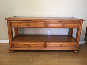 Couch Table for Sale in Apache Junction, AZ