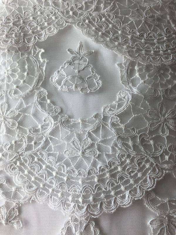 Beautiful Wedding Dress Size 6