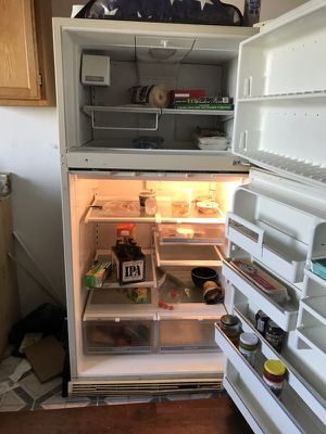 "Amana Refrigerator 33""x66""x30"" $40 for Sale in San Francisco, CA"