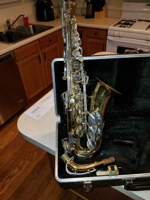 Bundy 2 saxophone for Sale in Gaithersburg, MD