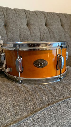 Tama 13x6 inch Maple snare for Sale in Euless, TX