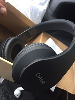 Black Dami Beats Bluetooth Headphones for Sale in Norfolk, VA