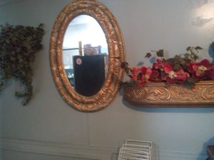 Gold mirror and shelf for Sale in LOS RNCHS ABQ, NM