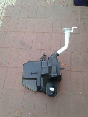 2013___2016 nissan altima windshield washer fluid reservoir tank bottle oem (se habla español) for Sale in Tampa, FL