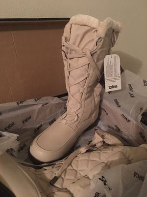 Women's winter snow boots/Ski boots! Size 11 for Sale in Fort Worth, TX