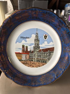 Glass collectible plates for Sale in Beaumont, CA