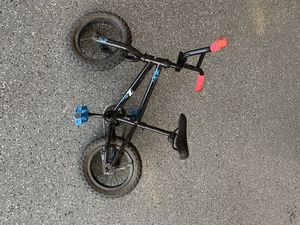 Kids bike. Excellent. Needs rear tube for Sale in Payson, AZ