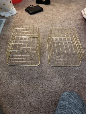2 good baskets for Sale in Westlake, OH