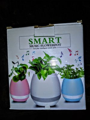 Blutooth Smart Music Flower Pot for Sale in Columbia, SC