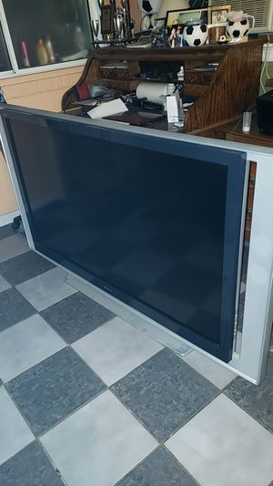 Sony 60 inch projection tv for Sale in Altadena, CA