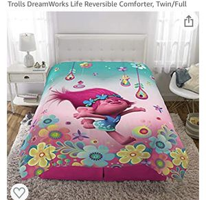 New Trolls Dreamwork Life Reversible Comforter for Sale in Mesquite, TX