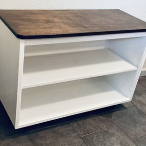 Tv Stand for Sale in Milwaukie, OR