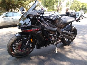 2015 Yamaha YZFR1 clean title in hand tags 2021 for Sale in Garden Grove, CA