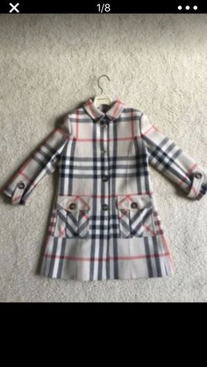 Auth Burberry girl's coat Size 5T new for Sale in FL, US